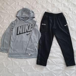 Nike NWOT Lightweight Hoodie & Jogging Pants